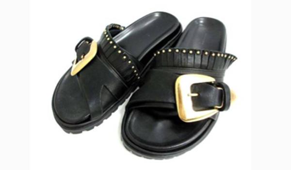 ladiesshoes_15_sandals.png
